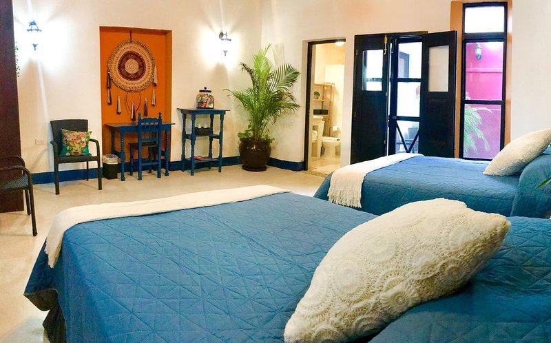 The Mayan Gypsy art hotel, just steps away to Progreso Beach & restaurants, holiday rental in Progreso