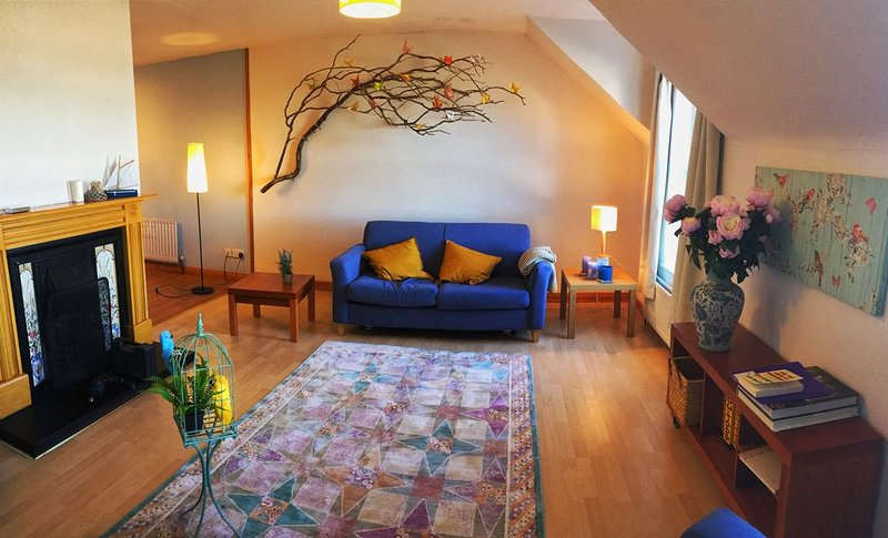 4-star Downhill Seaside Cottage, across the road from the sea, unobstructed view, location de vacances à Limavady