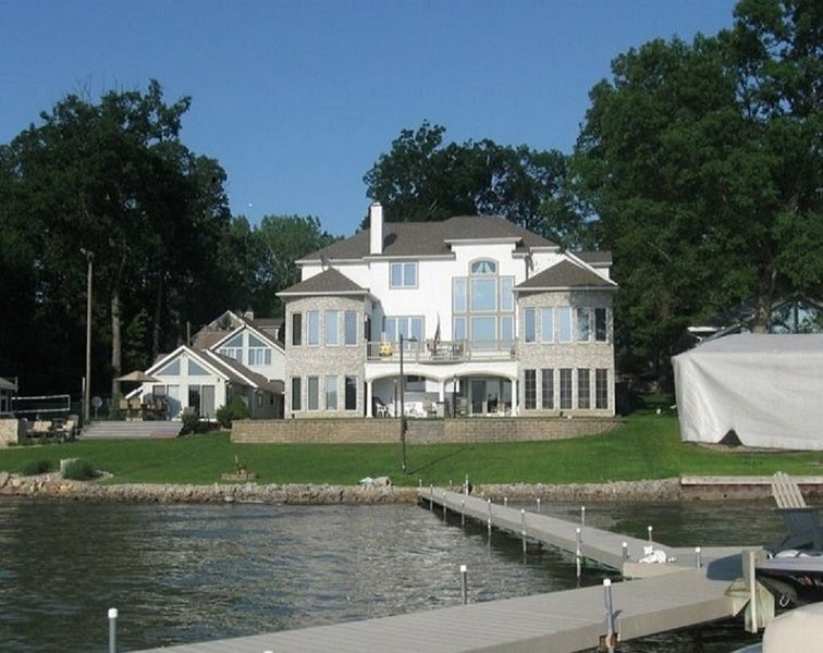 Paradise on the lake!, holiday rental in St. Joseph County