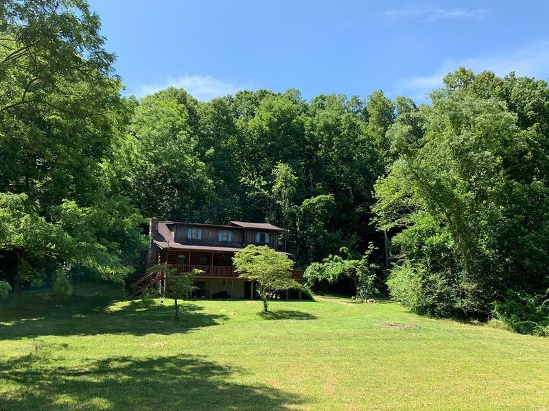 A sanctuary for river & mountain lovers alike, vacation rental in Saluda
