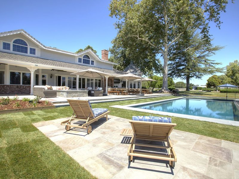 The Farmhouse is an extension of Roblar Winery's magnificent estate., holiday rental in Los Olivos