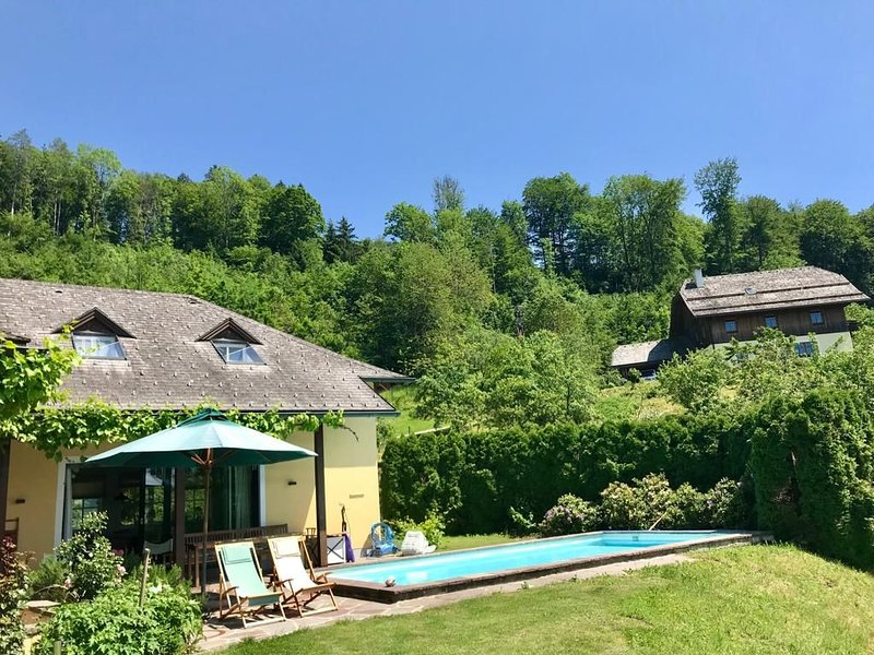Nature Getaway - Only 10 Minutes from Salzburg City, vacation rental in Koppl
