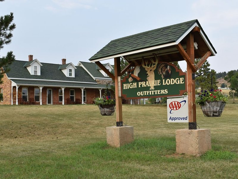 Historic Lodge, Near Spearfish and Deadwood, holiday rental in Belle Fourche