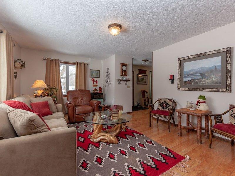 5 Acre Home Near Mille Lacs Lake, alquiler de vacaciones en Isle