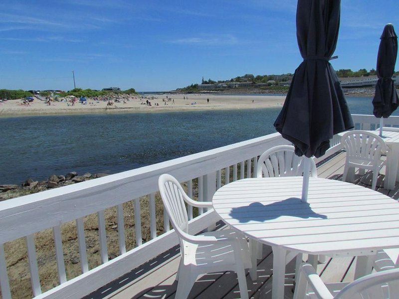 Oceanfront Condo #1,  Prime location w/amazing views!, holiday rental in Ogunquit