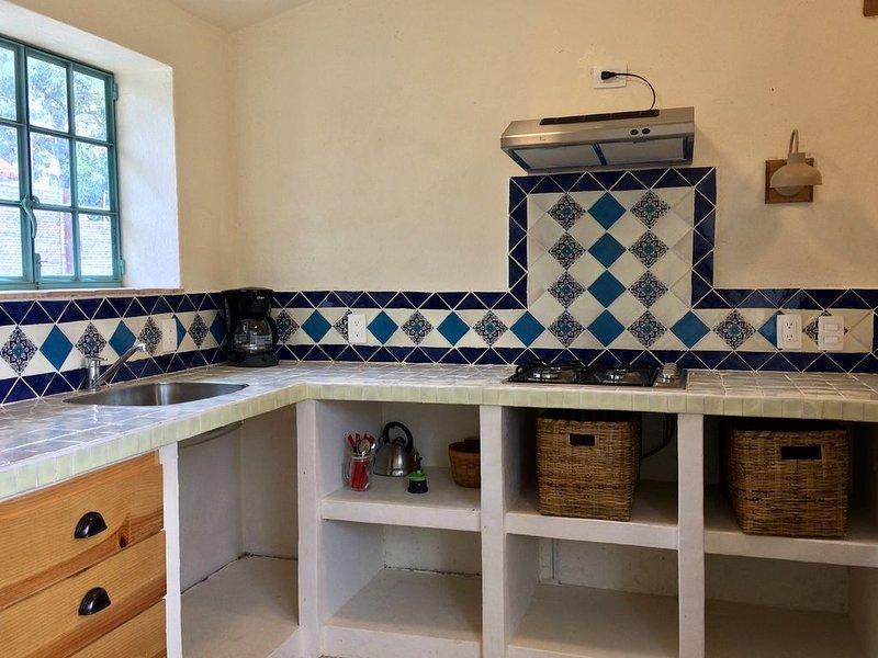El Pocito Quiet Bungalow, holiday rental in Santa Maria del Tule