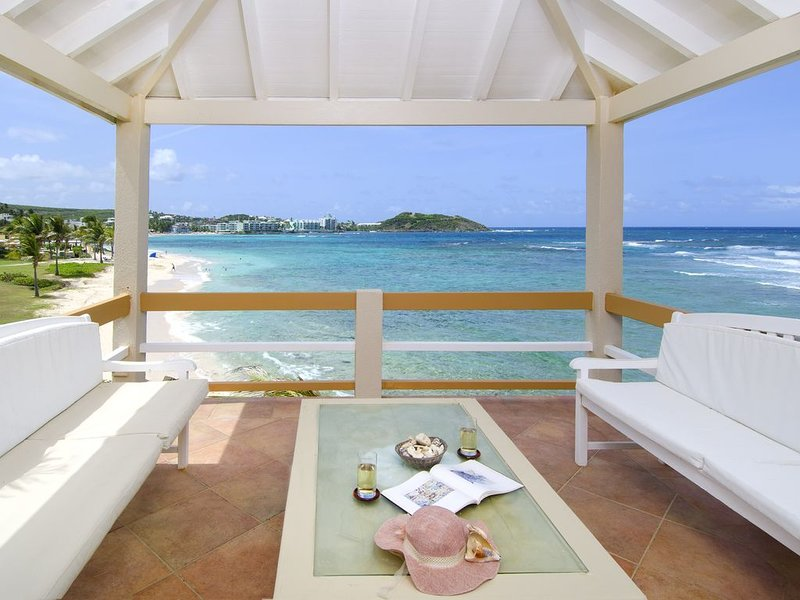 Bell'Mare, 2 Bedr oceanfront villa and private pool - By Island Properties, alquiler de vacaciones en Oyster Pond