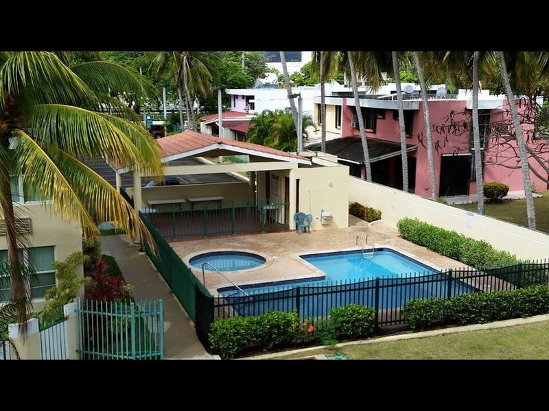 Vacation apartment located  at the famous beach playa azul  in luquillo P.R, holiday rental in Luquillo