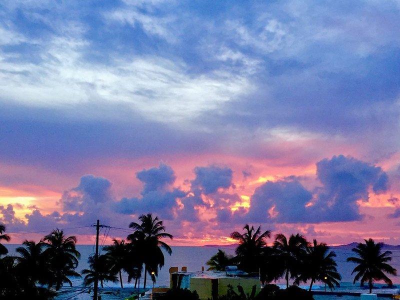 Njut av fantastiska soluppgångar från den privata terrassen.