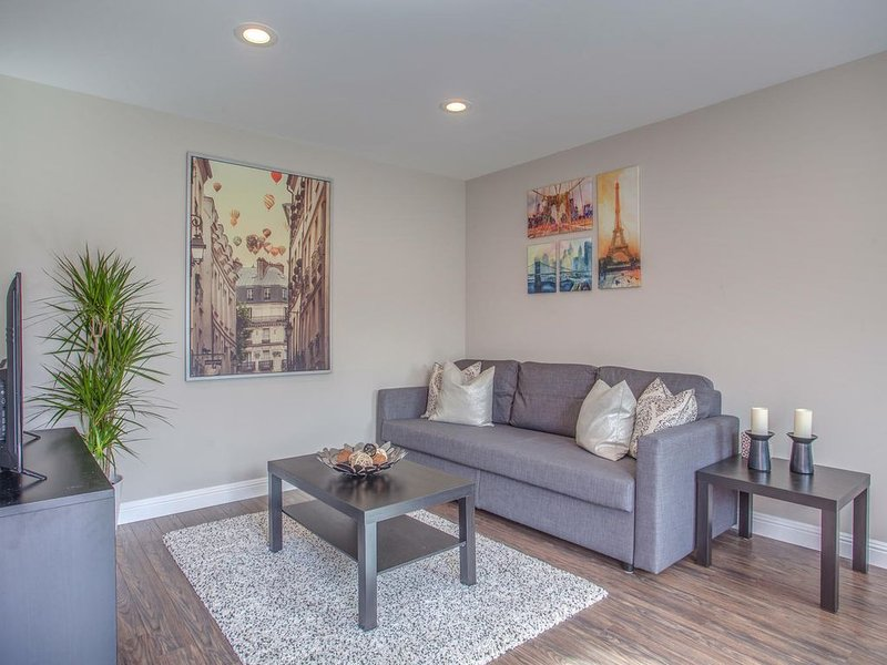 Modern, Clean, and Private in the heart of Silicon Valley, vacation rental in Sunnyvale