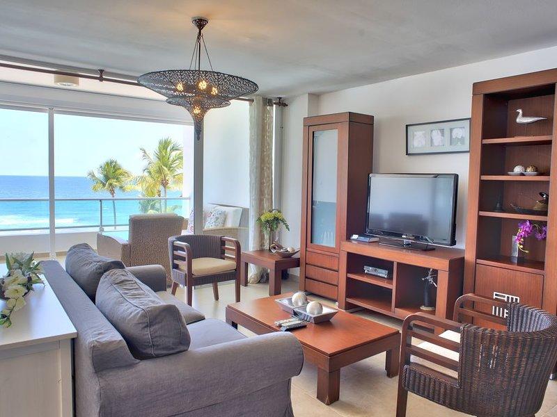Scenic Oceanfront Three Bedrooms Apartment, holiday rental in San Pedro de Macoris