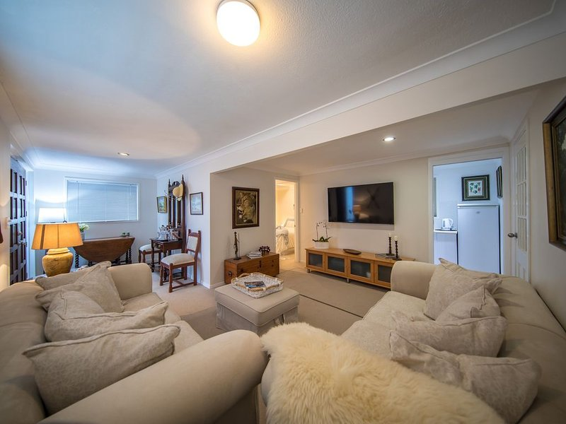 Cozy 1 Bedroomed Apartment Southport Gold Coast Australia, holiday rental in Pacific Pines