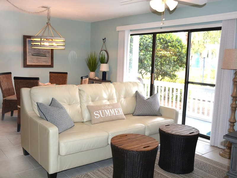 30A*NEWLY UPDATED*2 MIN WALK TO BEACH*WASHER/DRYER IN UNIT*PERFECTION!, location de vacances à Grayton Beach