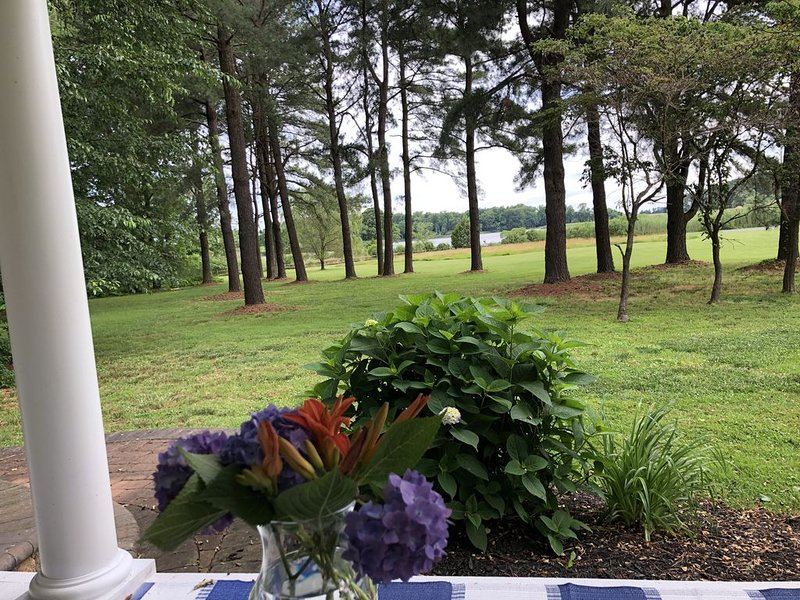 Blissful Retreat In Rock Hall, holiday rental in Centreville