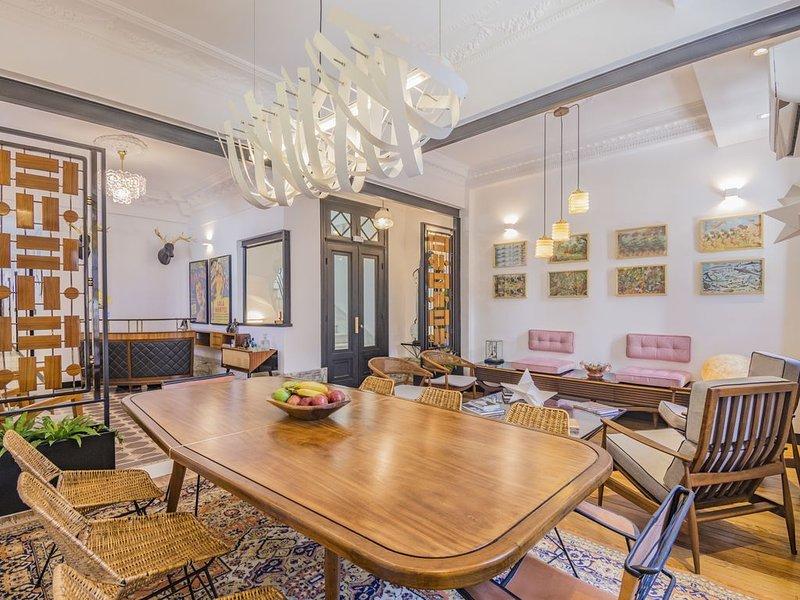FAUNA MONTEVIDEO - Living Room