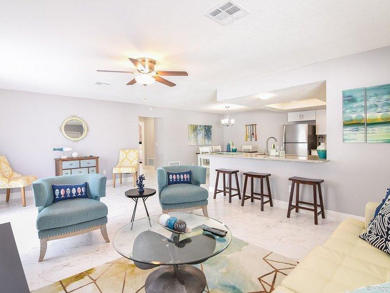 Gorgeous Beach Home-(Across the Street from Beach), vacation rental in New Smyrna Beach