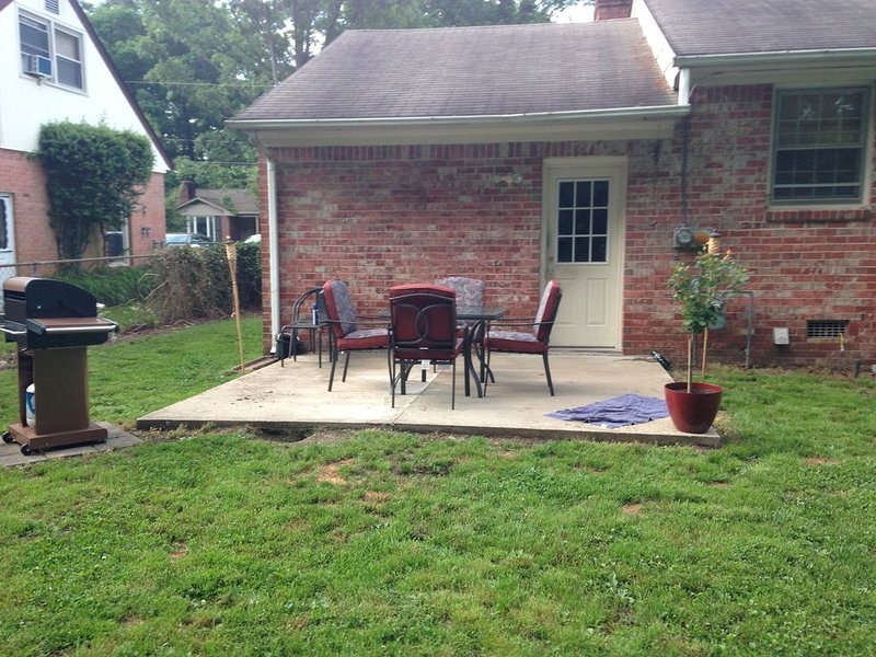 Cozzy home for rent in Denbigh, holiday rental in Newport News