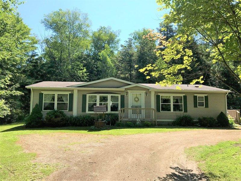 Port Sanilac - Lexington area, Country Setting 'Home Away from Home', aluguéis de temporada em Forestville