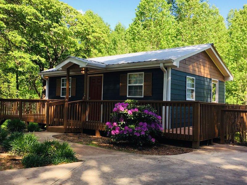 The Grape Escape Cottage, aluguéis de temporada em Dahlonega