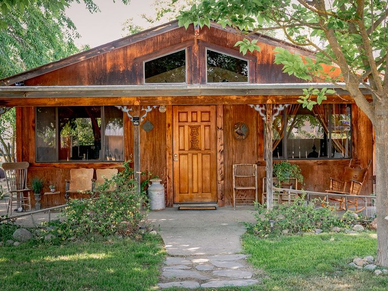 Majestic Rural Home, holiday rental in Lake Nacimiento