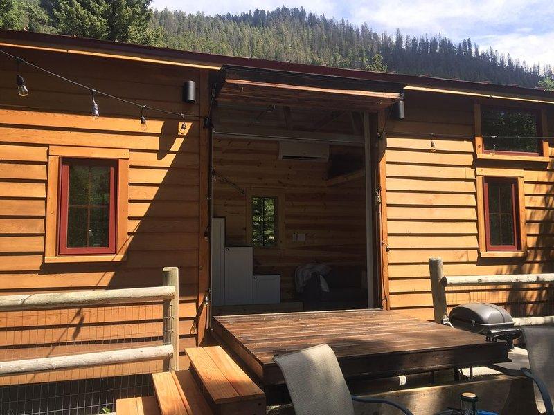 Tiny House on the River, aluguéis de temporada em Gallatin Gateway
