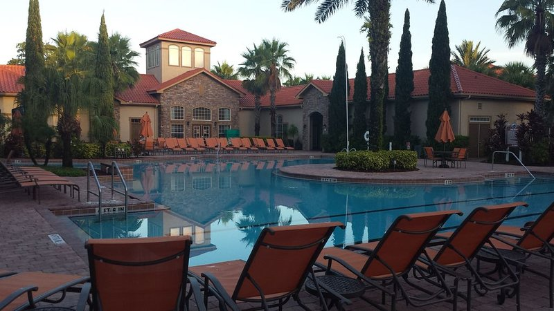 2 Bed/2 Bath Resort Condo near Disney., vacation rental in ChampionsGate