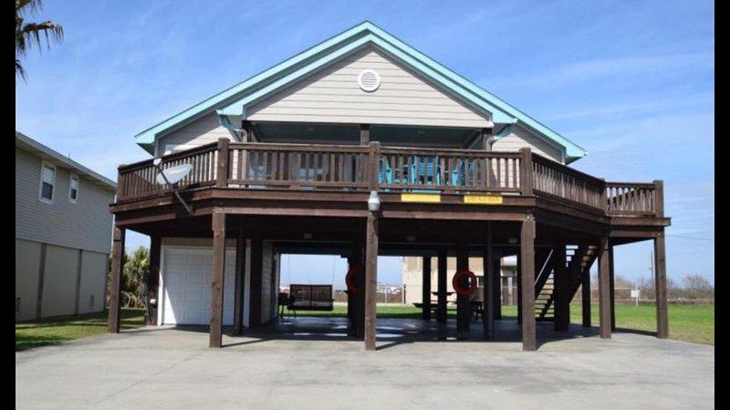 Wonderful getaway for families or couples! (Pet friendly), alquiler de vacaciones en Crystal Beach
