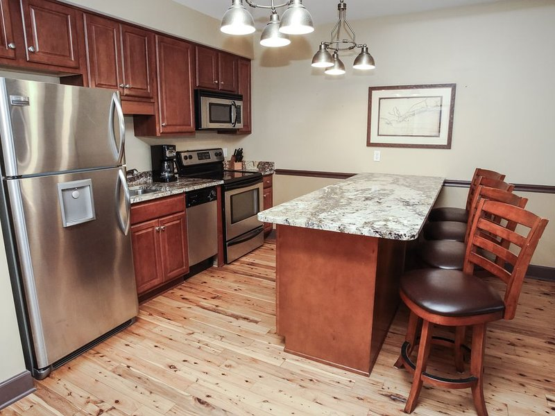 Charming Waterfront Condo with Expansive Bay Views in Apalchicola, FL., holiday rental in Apalachicola
