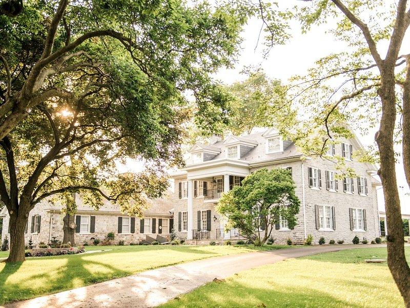 Gorgeous Estate set on 60 acres in Lancaster County, location de vacances à Intercourse