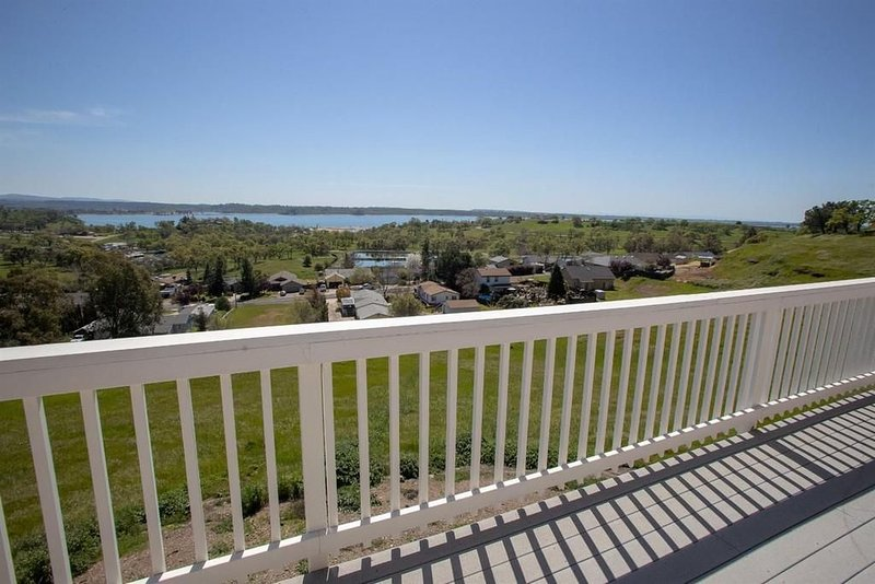 Lake Camanche Gold Country/Casino Nearby!!  Lake View!!!!, holiday rental in Plymouth