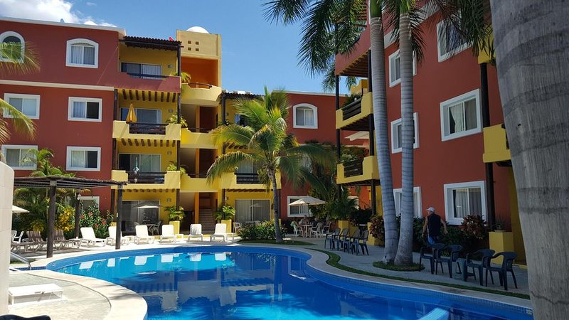 Beautiful Santa Cruz Beach Condo, location de vacances à Huatulco