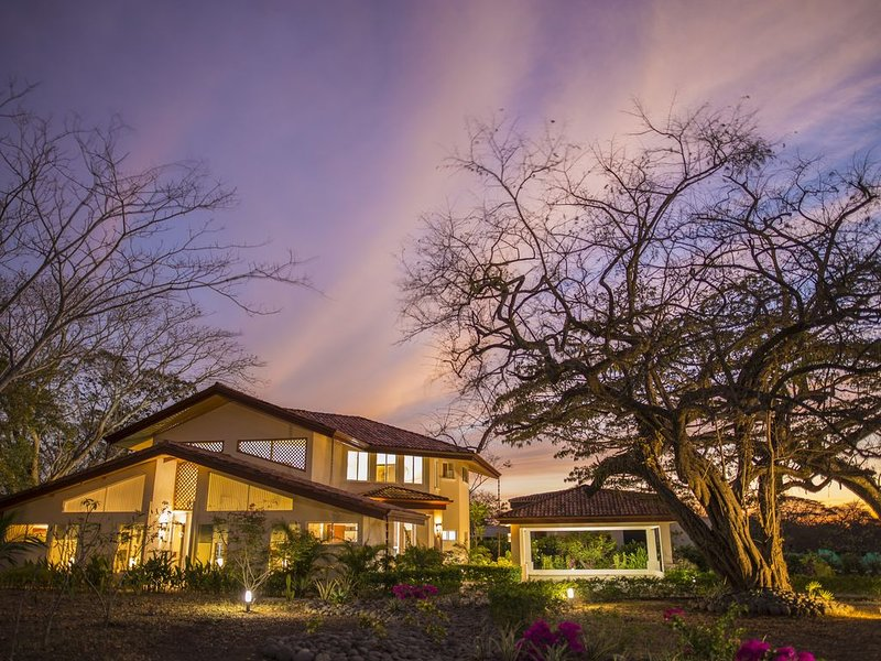 Beautiful Casa Vida in Hacienda Pinilla, holiday rental in Pinilla