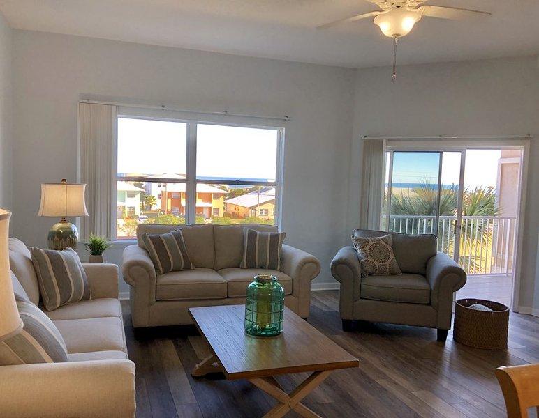 Ocean View, Pool, Hot Tub, WiFi, Clean, 700 feet from beach, vacation rental in St. Marys