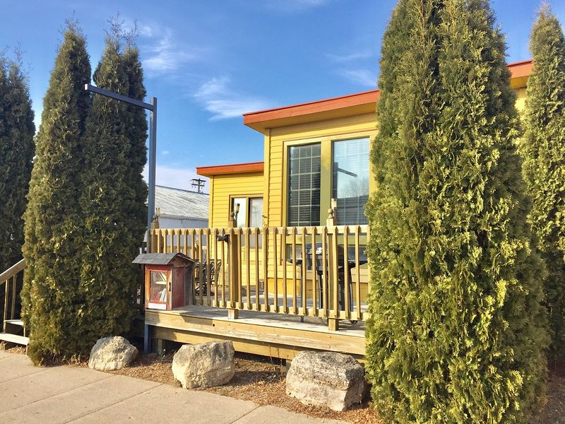 Cozy Cabin in the Heart of Downtown Wabasha, vacation rental in Alma