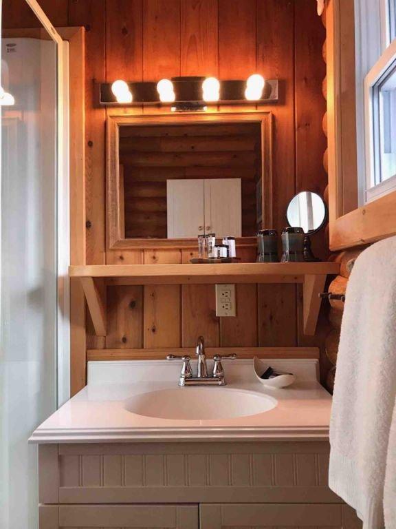 3- Piece Bathroom