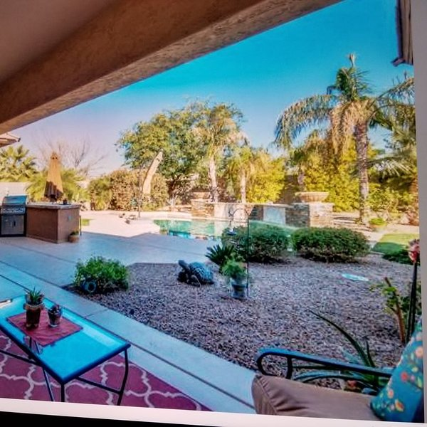 Large house in Litchfield Park with private pool, vacation rental in Litchfield Park