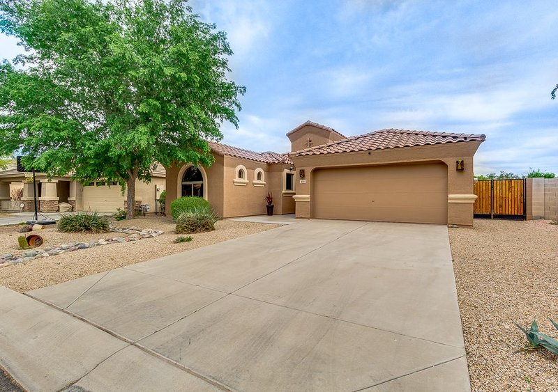 Relax or Head for Adventure Under Beautiful Arizona Skies!, vacation rental in San Tan Valley