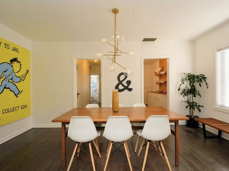 Designer Historic Duplex Minutes from Downtown, vacation rental in Phoenix