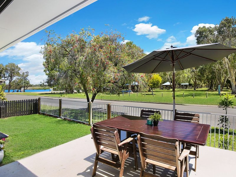 Booker Pde 34, Unit 2 - Pet Friendly -, vacation rental in Caloundra