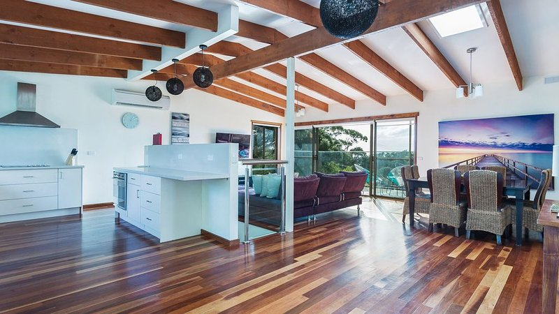 BEAUNA VISTA VIEWS - Peaceful holidays with panoramic views, vacation rental in Fingal