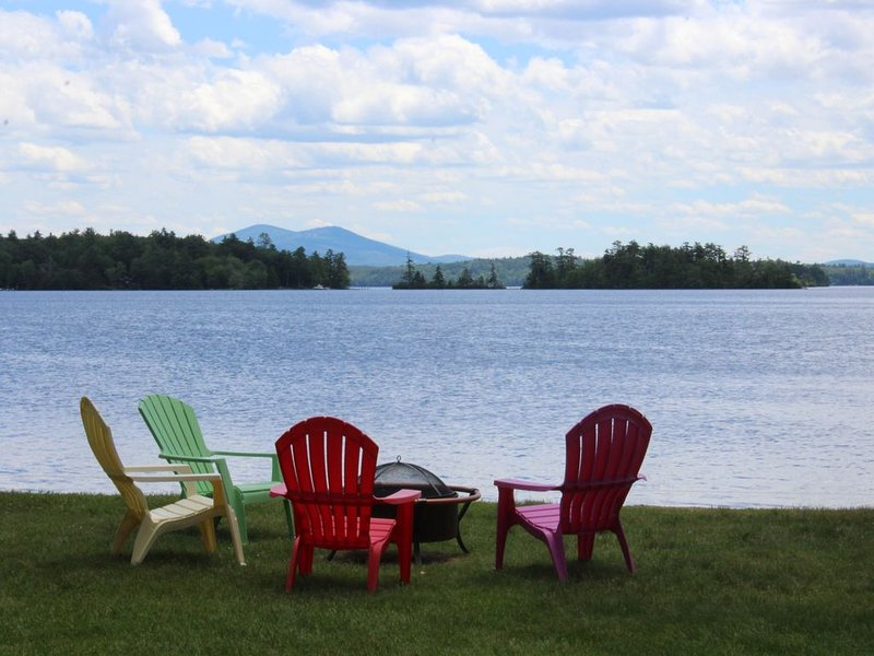 BUR36Wf - Waterfront with Shared Sandy Beach in Moultonborough, vacation rental in Moultonborough