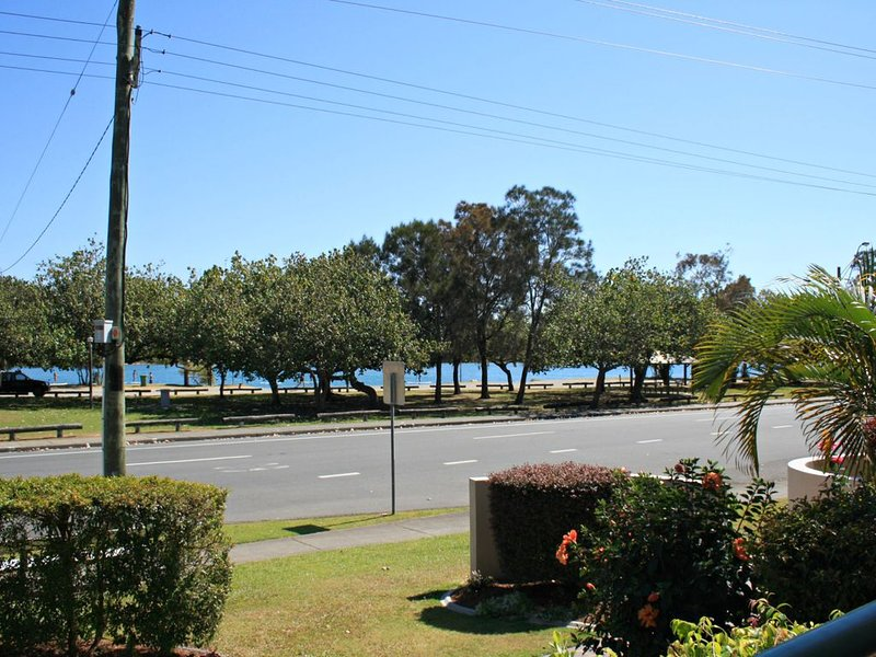 RIVERVIEW, UNIT 6, CURRUMBIN, vacation rental in Currumbin