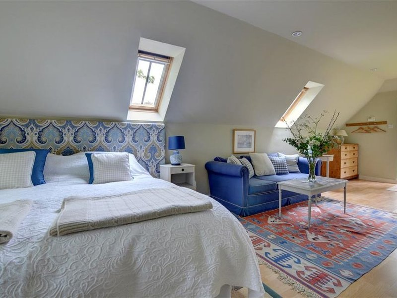 The Barn Studio - One Bedroom House, Sleeps 2, holiday rental in Biddenden
