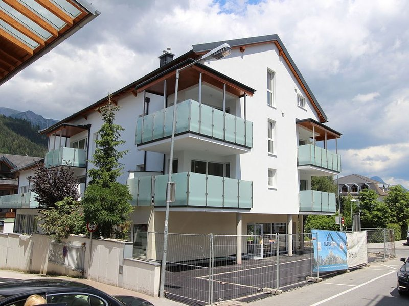 Apartment in Schladming with Balcony, Garage, Lift, Parking, vacation rental in Schladming