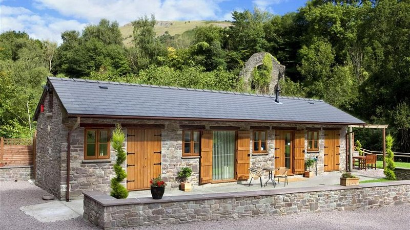 Hayman's Old Stable Cottage, holiday rental in Gilwern