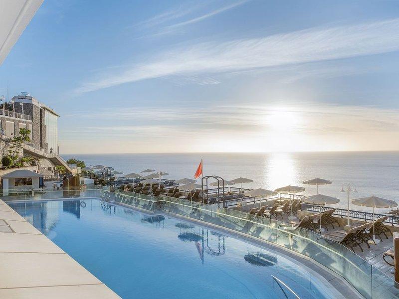 1 Bedroom Apartment Sleeps 4 Club Cala Blanca, location de vacances à Puerto de Mogan