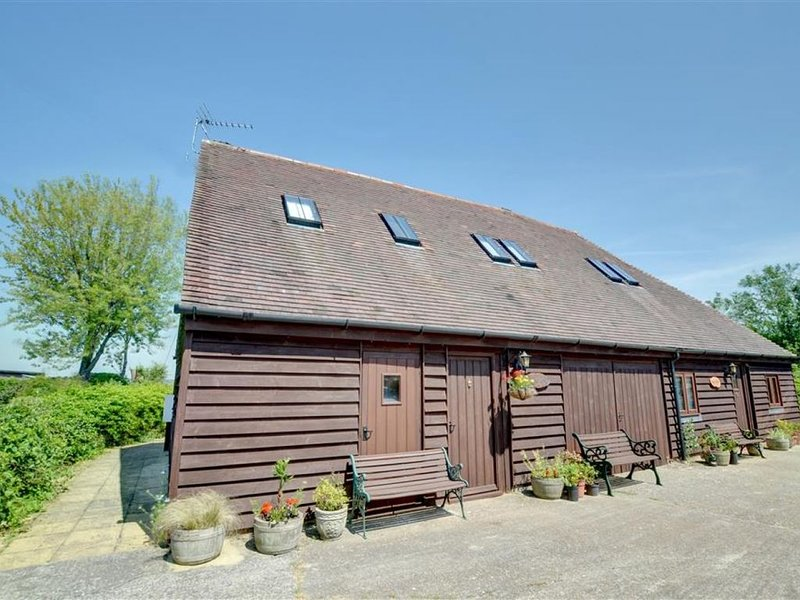 Old Barn Cottage - Three Bedroom House, Sleeps 4, Ferienwohnung in Burmarsh