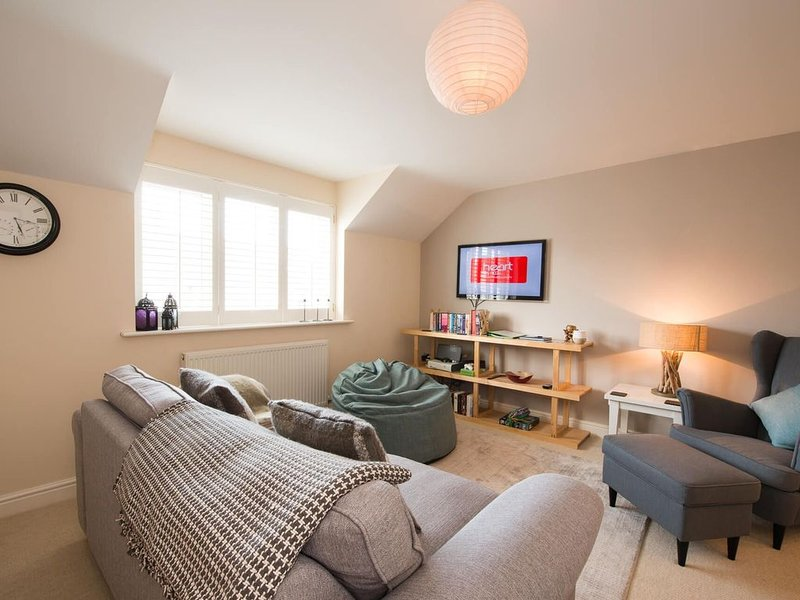 Bryn Eglwys -  a 2 bed apartment  that sleeps 4 guests  in 2 bedrooms, holiday rental in Rhosneigr