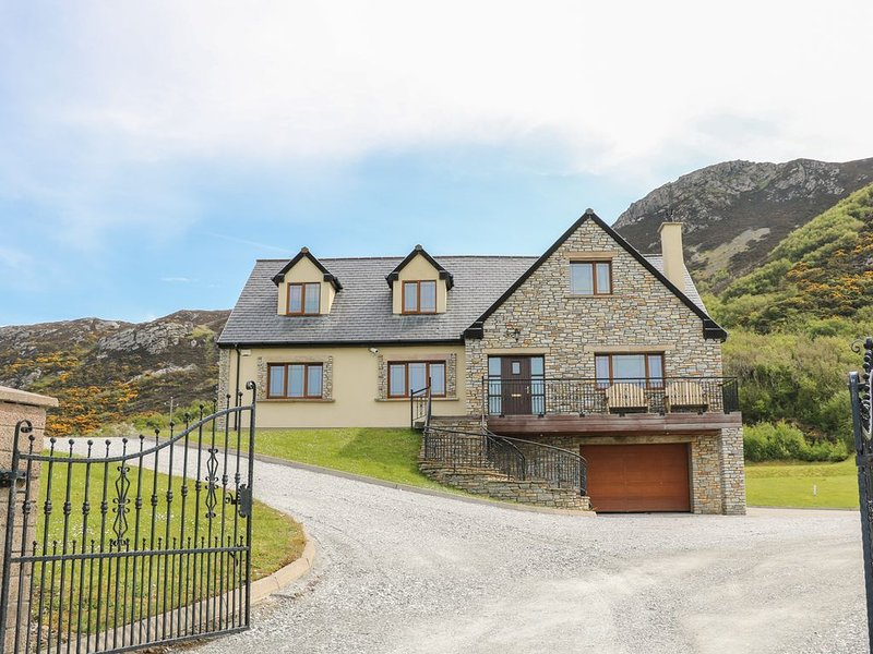 Mulroy View, KERRYKEEL, COUNTY DONEGAL, holiday rental in Rathmullan