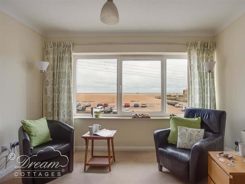 Jurassic View, WEST BAY, holiday rental in West Bay